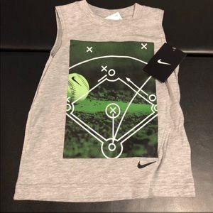 New Nike sleeveless tank